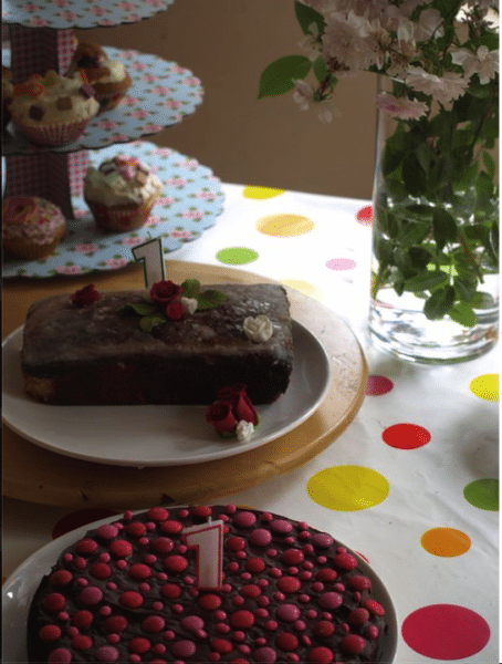 birthday cakes for twins