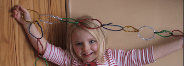 Easy Pipe Cleaner Christmas Decorations