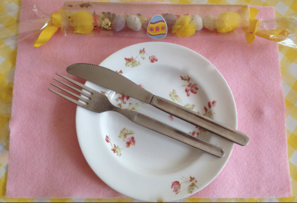 Easter Crackers Craft