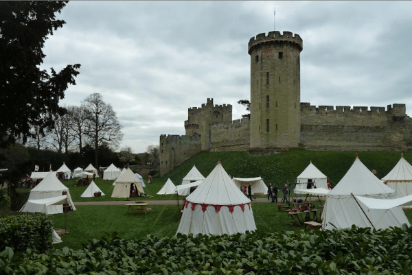 how to get to warwick castle from birmingham