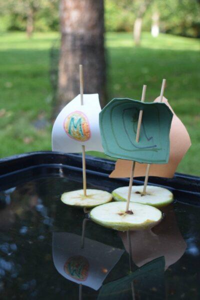 apple boats