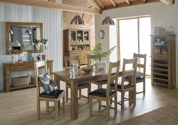 Barham Oak Dining room