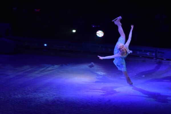 Disney on Ice Frozen - Elsa